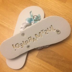 Shoes - Just Married sand imprint flip flops!